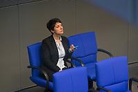 DEU, Deutschland, Germany, Berlin, 01.02.2018: Dr. Frauke Petry (fraktionslos) während einer Plenarsitzung im Deutschen Bundestag.