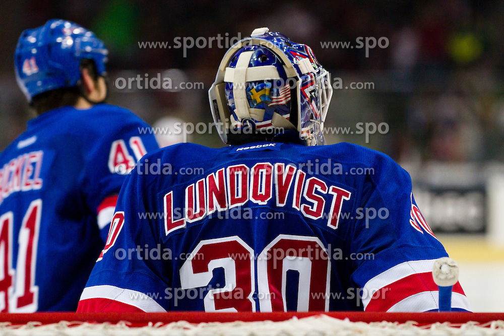 30.09.2011, Scandinavium, Goeteborg, SWE, NHL Premiere Challenge, Froelunda HC vs New York Rangers, im Bild New York Rangers goalie 30 Henrik Lundqvist // during NHL premiere challange game between Froelunda HC vs New York Rangers at Scandinavium in Goeteborg, Sweden on 2011/09/30. EXPA Pictures © 2011, PhotoCredit: EXPA/ PICAGENCY Skycam/ Per Friske +++++ ATTENTION - OUT OF SWEDEN/SWE +++++