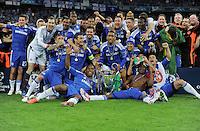FUSSBALL   SAISON 2011/2012   CHAMPIONS LEAGUE FINALE FC Bayern Muenchen - FC Chelsea  19.05.2012 Die Mannschaft des FC Chelsea jubelt mit dem Champions League Pokal