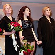 NLD/Amsterdam/20120617 - Premiere Het Geheugen van Water, cast, Tjitske Reidinga, Anneke Blok, Pauline Greidanus,