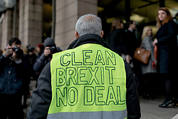 "© Licensed to London News Pictures. 16/01/2019. London, UK. A ""No Deal"" Brexit supporter remonstrates with MPs outside Portcullis House. Prime Minister Theresa May faces a no-confidence motion in her government this evening after MPs voted down her Brexit deal by a record margin. Photo credit: Rob Pinney/LNP"