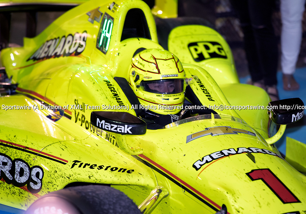 AVONDALE, AZ - APRIL 29: Team Penske driver Simon Pagenaud (1) of France pulls into Victory Lane after winning the Verizon IndyCar Desert Diamond West Valley Phoenix Grand Prix on April 29, 2017, at Phoenix International Raceway in Avondale, AZ. (Photo by Carlos Herrera/Icon Sportswire)