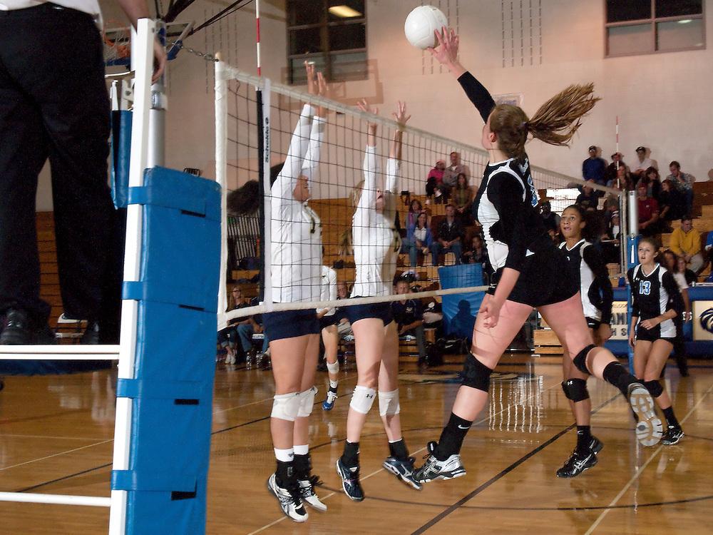 Grandview vs Mullen volleyball