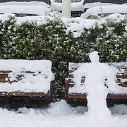 A snow man on a park bench in Queenstown after the biggest snow storm in New Zealand in the past 50 years. Queenstown, New Zealand, 16th August 2011. Photo Tim Clayton