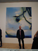Wolfgang Tillman. Turner prize private view. Tate Gallery. London. 24 October 2000. © Copyright Photograph by Dafydd Jones 66 Stockwell Park Rd. London SW9 0DA Tel 020 7733 0108 www.dafjones.com