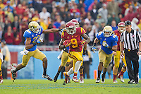 17 October 2012: Wide receiver (9) Marqise Lee of the USC Trojans returns a kickoff against the UCLA Bruins during the second half of UCLA's 38-28 victory over USC at the Rose Bowl in Pasadena, CA.