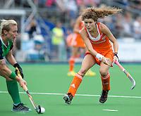 BOOM - Roos Drost tijdens de eerste poule wedstrijd van Oranje tijdens het Europees Kampioenschap hockey   tussen de vrouwen Nederland en Ierland (6-0). ANP KOEN SUYK