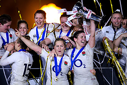 Sarah Hunter of England Women lifts the Women's Six Nations - Mandatory by-line: Robbie Stephenson/JMP - 16/03/2019 - RUGBY - Twickenham Stadium - London, England - England Women v Scotland Women - Women's Six Nations