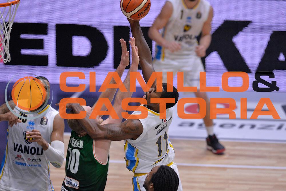Paul Harris<br /> Vanoli Cremona - Sidigas Avellino<br /> Lega Basket Serie A 2016/2017<br /> Cremona, 18/12/2016<br /> Foto Ciamillo-Castoria