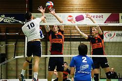 20170125 NED: Beker, Sliedrecht Sport - Seesing Personeel Orion: Sliedrecht<br />Gerard Baan (10) of Sliedrecht Sport, Joris Marcelis (5), Dik Heusinkveld (2) of Seesing Personeel - Orion<br />&copy;2017-FotoHoogendoorn.nl / Pim Waslander