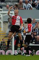 Photo. Jed Wee, Digitalsport<br /> Feyenoord Rotterdam v Sporting Lisbon, Newcastle Gateshead Cup, 31/07/2004.<br /> Feyenoord's Dirk Kuijt celebrates after equalising.