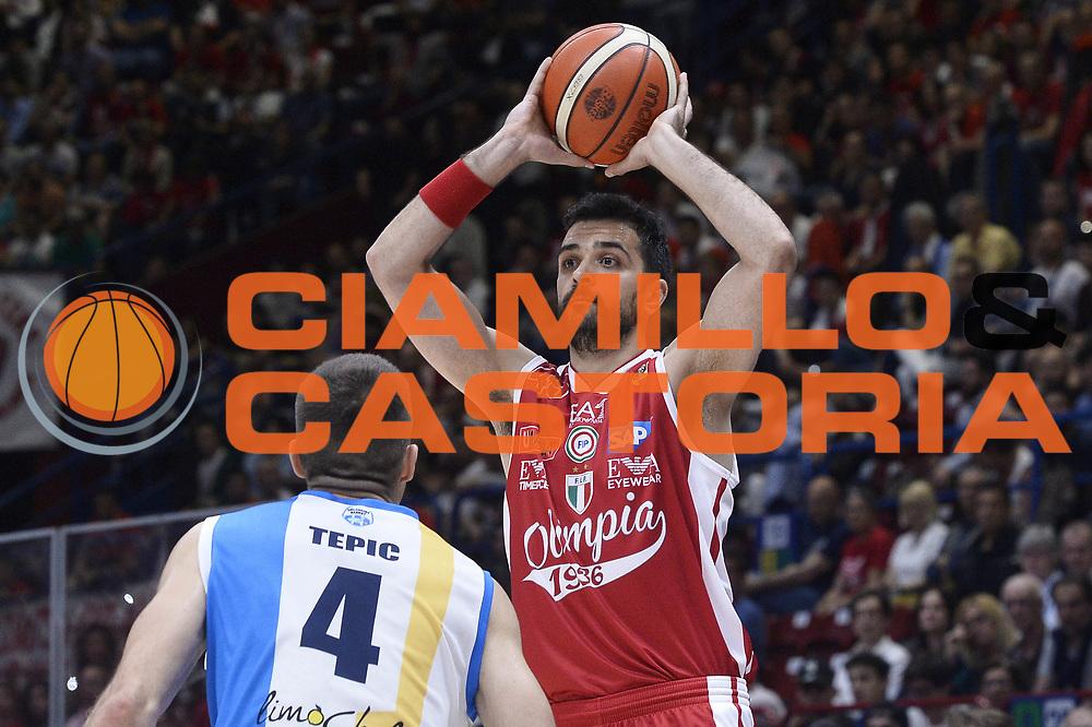 Krunoslav Simon<br /> EA7 Emporio Armani Olimpia Milano - Betaland Orlandina Capo d Orlando<br /> Lega Basket Serie A 2016/2017<br /> Playoff Quarti di Finale Gara 2<br /> Foto Ciamillo - Castoria