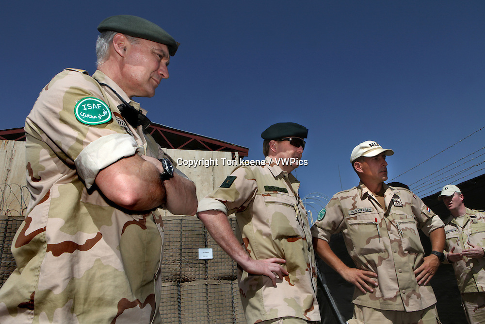 Dutch prince Willem Alexander van oranje visits the dutch troops in Uruzgan in march 2010
