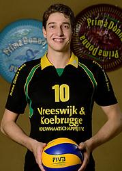 09-10-2013 VOLLEYBAL: PRIMA DONNA KAAS MANNEN: HUIZEN <br /> 2e divisie C PDK Huizen seizoen 2013-2014 / Jonathan Rebel<br /> ©2013-FotoHoogendoorn.nl
