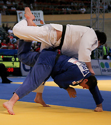 24.04.2010, Ferry Dusika Stadion, Wien, AUT, Judo European Championships, Andreas Toelzer (GER) vs Renat Saidov (RUS), during Judo European Championships 2010, EXPA Pictures 2010, Photographer EXPA/S. Trimmel / SPORTIDA PHOTO AGENCY