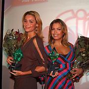 Uitreiking Simms Awards Amsterdam, Froukje de Both en Sylvie Meis