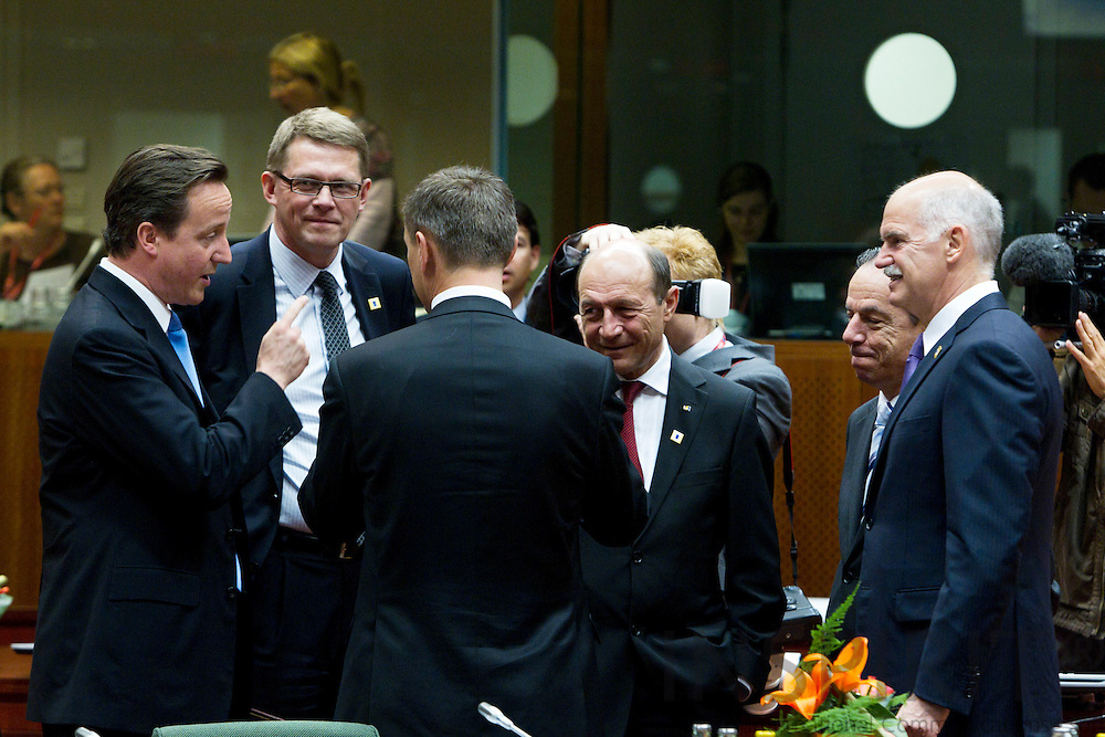 BRUSSELS - BELGIUM - 17 JUNE 2010 -- EU-Summit -- Clockwise from left the prime ministers: David Cameron, United Kingdom, Matti Vanhanen, Finland, Traian Basescu, Romania, Lawrence Gonzi, Malta, Georgios Papandreou, Greece, and Andrus Ansip, Estonia, at the beginning of the meeting. PHOTO: ERIK LUNTANG / INSPIRIT Photo