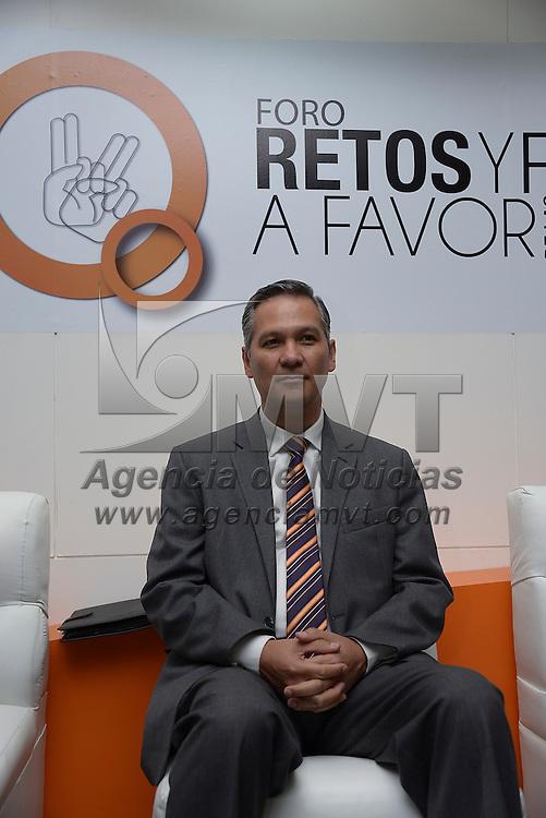 Toluca, México.- Ricardo Bucio Mujica, Presidente del Consejo Nacional para Prevenir la Discriminación (CONAPREC) durante el foro Retos y propuestas a favor de las Personas con Discapacidad. Agencia MVT / Crisanta Espinosa