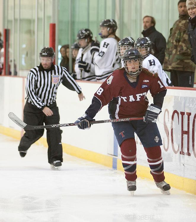 Taft School-February 8, 2014- Girls varsity hockey vs Hotchkiss. (Photo by Robert Falcetti)