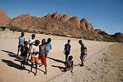 Sunrise at Kleine Spitzkoppe (1584m), Damaraland, Namibia..© Zute and Demelza Lightfoot.www.lightfootphoto.com