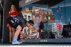 BOSWELL Ian from the United States of Team Sky (GBR) signing in before the start at Nijmegen, stage 3 from Nijmegen to Arnhem running 190 km of the 99th Giro d'Italia (UCI WorldTour), The Netherlands, 8 May 2016. Photo by Pim Nijland / PelotonPhotos.com | All photos usage must carry mandatory copyright credit (Peloton Photos | Pim Nijland)
