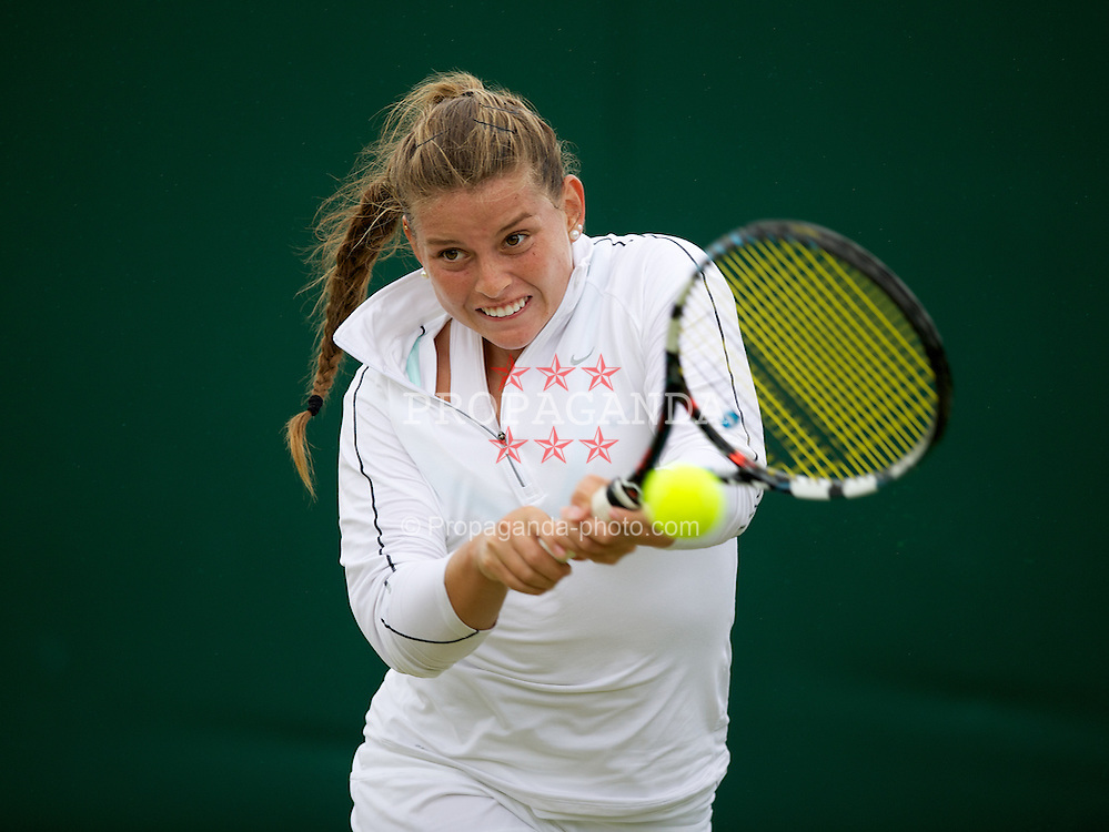 LONDON, ENGLAND - Tuesday, July 3, 2012: Maria Ines Deheza (BOL) during the Girls' Singles 1st Round match on day eight of the Wimbledon Lawn Tennis Championships at the All England Lawn Tennis and Croquet Club. (Pic by David Rawcliffe/Propaganda)