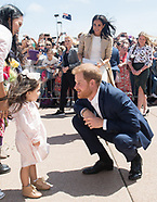 Meghan Markle & Prince Harry Sydney Walkabout