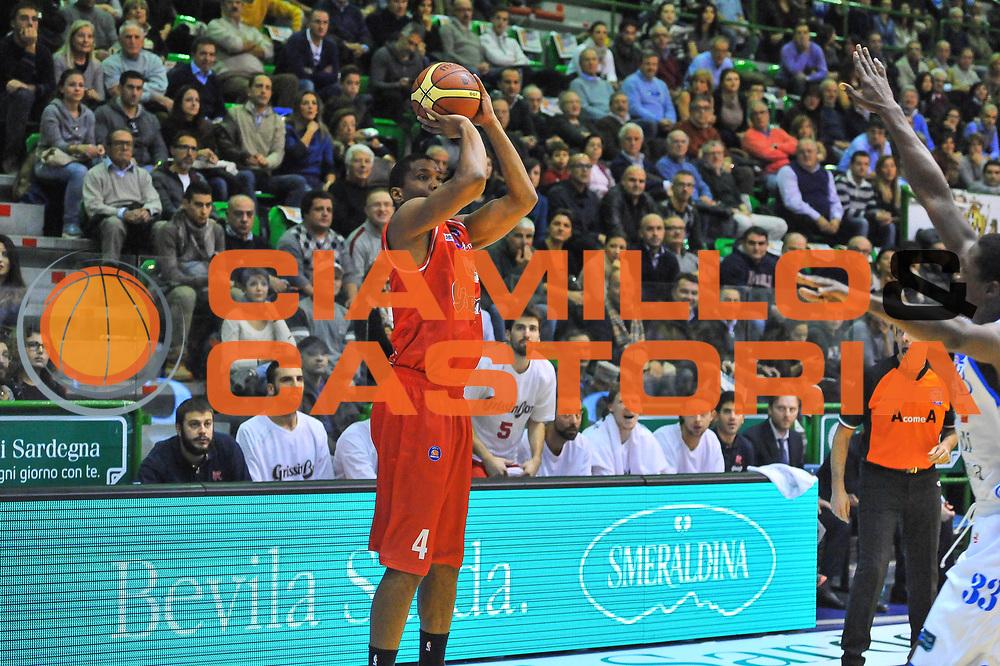 DESCRIZIONE : Campionato 2013/14 Dinamo Banco di Sardegna Sassari - Grissin Bon Reggio Emilia<br /> GIOCATORE : James White<br /> CATEGORIA : Tiro Tre Punti<br /> SQUADRA : Grissin Bon Reggio Emilia<br /> EVENTO : LegaBasket Serie A Beko 2013/2014<br /> GARA : Dinamo Banco di Sardegna Sassari - Grissin Bon Reggio Emilia<br /> DATA : 08/12/2013<br /> SPORT : Pallacanestro <br /> AUTORE : Agenzia Ciamillo-Castoria / Luigi Canu<br /> Galleria : LegaBasket Serie A Beko 2013/2014<br /> Fotonotizia : Campionato 2013/14 Dinamo Banco di Sardegna Sassari - Grissin Bon Reggio Emilia<br /> Predefinita :