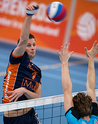20-01-2019 NED: Talent Team Papendal - Achterhoek Orion, Ede<br /> Round 14 of Eredivisie volleyball. Orion win 3-01 of Talent Team / Wessel Anker #2 of Orion