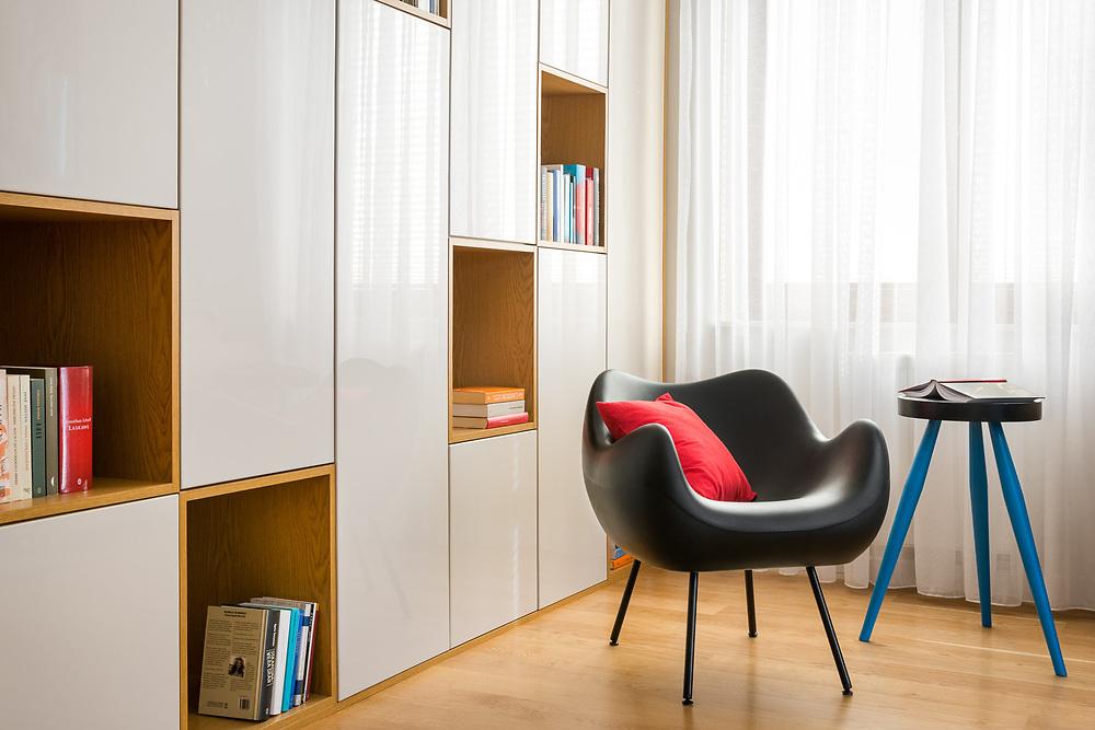 projekt wnętrza: Red Cube Design