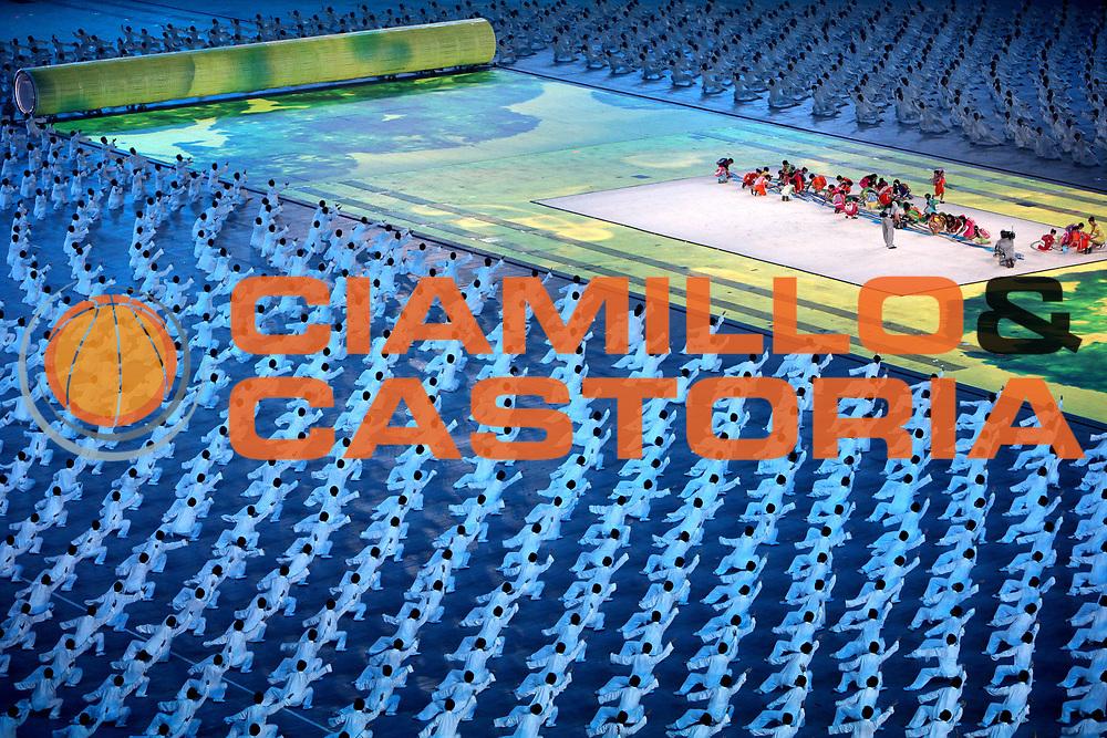 DESCRIZIONE : Beijing Pechino Olympic Games Olimpiadi 2008 Open Ceremony<br /> GIOCATORE :<br /> SQUADRA :<br /> EVENTO : Olympic Games Olimpiadi 2008<br /> GARA : <br /> DATA : 08/08/2008 <br /> CATEGORIA : <br /> SPORT :<br /> AUTORE : Agenzia Ciamillo-Castoria/E.Castoria<br /> Galleria : Beijing Pechino Olympic Games Olimpiadi 2008 <br /> Fotonotizia : Beijing Pechino Olympic Games Olimpiadi 2008 Open Ceremony Cerimonia d'apertura<br /> Predefinita :