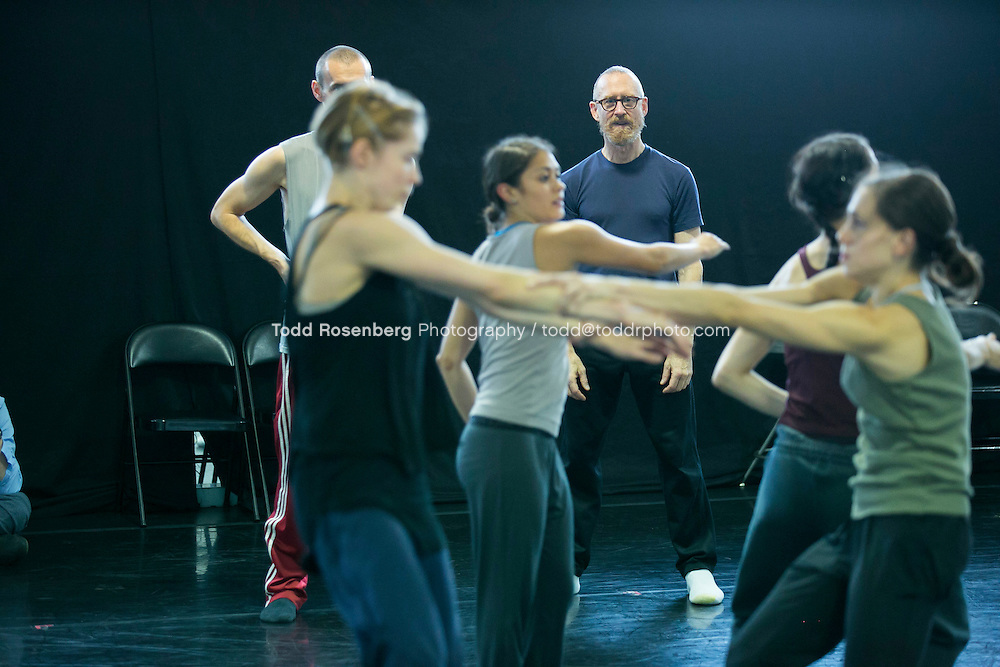 10/2/15 3:43:46 PM -- Hubbard Street Dance Chicago <br /> <br /> Choreographer William Forsythe in studio with the main company. <br /> <br /> . &copy; Todd Rosenberg Photography 2015