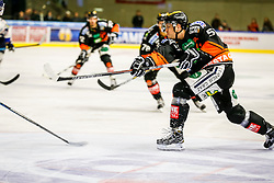 16.10.2015, Eisstadion Liebenau, Graz, AUT, EBEL, Moser Medical Graz 99ers vs Fehervar AV 19, 12. Runde, im Bild Daniel Woger (EC Graz 99ers) // during the Erste Bank Icehockey League 12th Round match between Moser Medical Graz 99ers and Fehervar AV 19 at the Ice Stadium Liebenau, Graz, Austria on 2015/10/16, EXPA Pictures © 2015, PhotoCredit: EXPA/ Erwin Scheriau