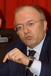 Potenza/Basilicata/Italy 11/03/2008 - Francesco Storace, segretario nazionale del partito La Destra, a Potenza per lanciare la campagna elettorale in Basilicata.