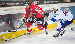 13.02.2016, Olympiaworld, Innsbruck, AUT, Euro Ice Hockey Challenge, Österreich vs Frankreich, im Bild Mario Fischer (AUT) und Gregory Beron (FRA) // Mario Fischer of Austriaand Gregory Beron of France during the Euro Icehockey Challenge Match between Austria and France at the Olympiaworld in Innsbruck, Austria on 2016/02/13. EXPA Pictures © 2016, PhotoCredit: EXPA/ Jakob Gruber