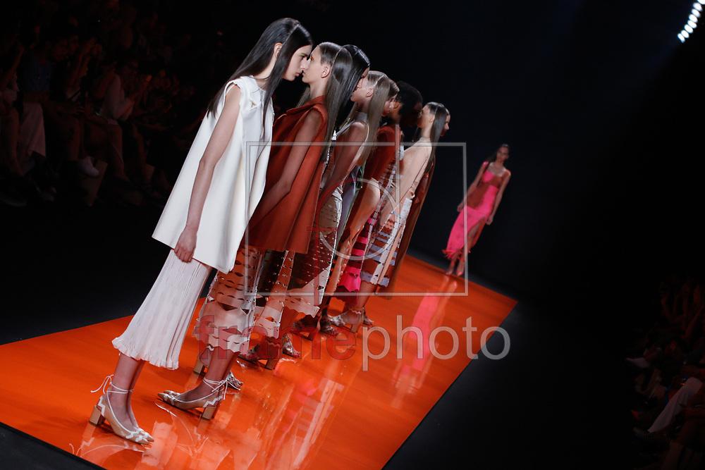 Desfile da Lolitta durante a 41 edição da São Paulo Fashion Week no Parque do Ibirapuera, Pavilhão da Fundação Bienal, em São Paulo. Foto: Gisele Pimenta/Framephoto