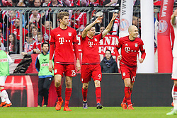 24.10.2015, Allianz Arena, Muenchen, GER, 1. FBL, FC Bayern Muenchen vs 1. FC K&ouml;ln, 10. Runde, im Bild l-r: Torjubel von Thomas Mueller #25 (FC Bayern Muenchen), Robert Lewandowski #9 (FC Bayern Muenchen) und Arjen Robben #10 (FC Bayern Muenchen) // during the German Bundesliga 10th round match between FC Bayern Munich and 1. FC Cologne at the Allianz Arena in Muenchen, Germany on 2015/10/24. EXPA Pictures &copy; 2015, PhotoCredit: EXPA/ Eibner-Pressefoto/ Kolbert<br /> <br /> *****ATTENTION - OUT of GER*****