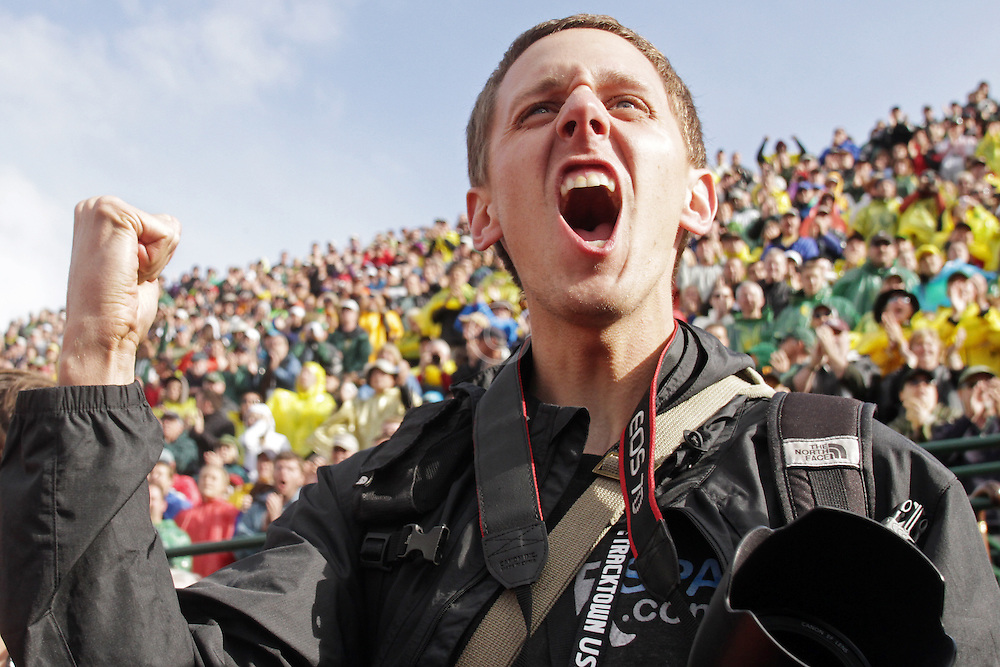 Olympic Trials Eugene 2012: rabid trackside fans yelling