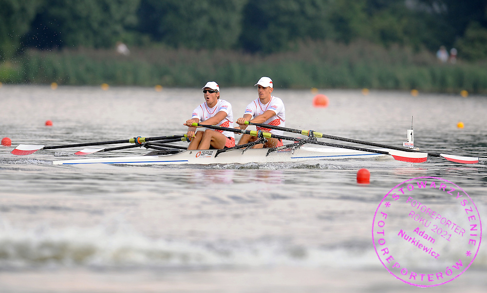 (L) WIKTOR CHABEL & (R) MICHAL SLOMA (BOTH POLAND) COMPETE IN THE MEN'S DOUBLE SCULLS DURING DAY FIVE OF REGATTA WORLD ROWING CHAMPIONSHIPS ON MALTA LAKE IN POZNAN, POLAND...POZNAN , POLAND , AUGUST 27, 2009..( PHOTO BY ADAM NURKIEWICZ / MEDIASPORT )..PICTURE ALSO AVAIBLE IN RAW OR TIFF FORMAT ON SPECIAL REQUEST.