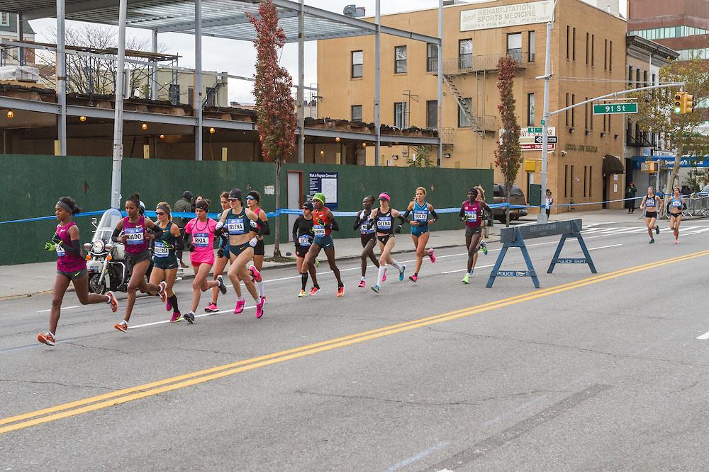 NYC Marathon, Deba leads early in race