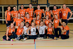 11-09-2015 NED: Photoshoot Zitvolleybalteam  Nederland vrouwen, Doorn<br /> In het Militair Revalidatie Centrum Aardenburg werd het Nederlands Zitvolleybalteam geportretteerd / Ne vrouwen en mannen zitvolletballers