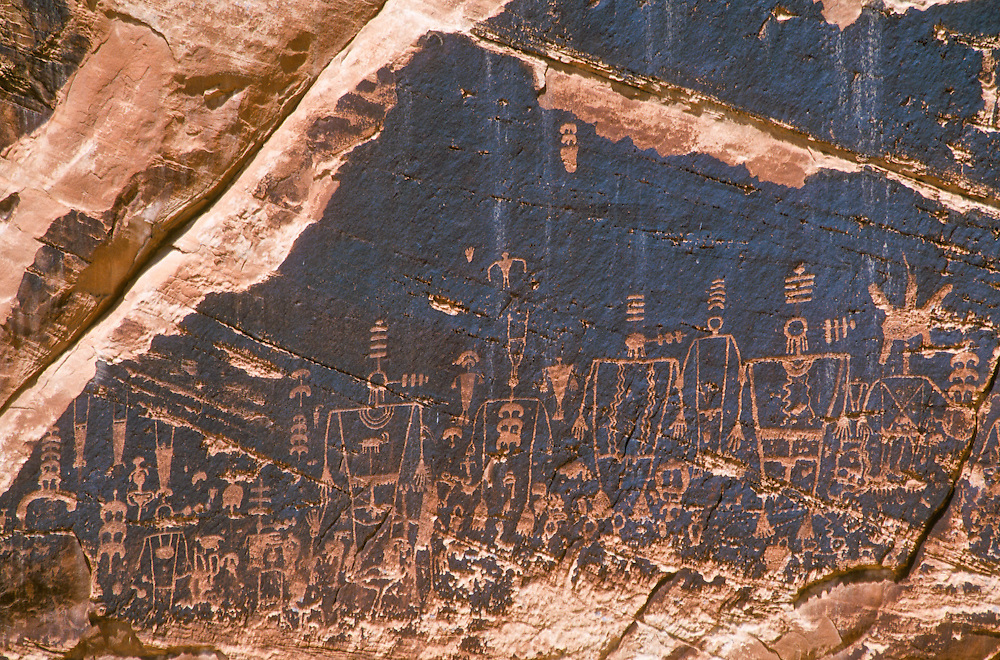 Native American petroglyphs at Butler Wash, San Juan River, Utah.
