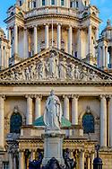 Queen Victoria statue in front of Belfast City Hall