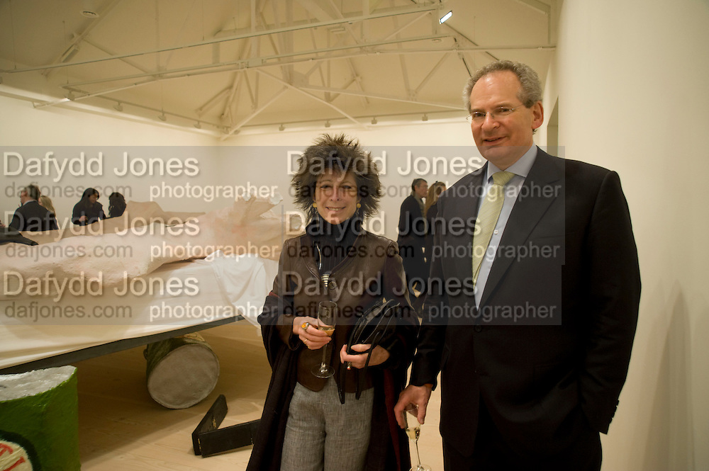 FELICITY WALEY-COHEN; ROBERT WALEY-COHEN, Unveiled; New art from the Middle East. The Saatchi Gallery in partnership with Phillips de Pury. Saatchi Gallery. King's Rd. London. 29 January 2009 *** Local Caption *** -DO NOT ARCHIVE-© Copyright Photograph by Dafydd Jones. 248 Clapham Rd. London SW9 0PZ. Tel 0207 820 0771. www.dafjones.com.<br /> FELICITY WALEY-COHEN; ROBERT WALEY-COHEN, Unveiled; New art from the Middle East. The Saatchi Gallery in partnership with Phillips de Pury. Saatchi Gallery. King's Rd. London. 29 January 2009