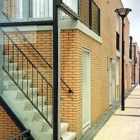 Nederland. Hoofddorp. 2 augustus 2003.<br /> Starterswoningen in Floriande Hoofddorp.