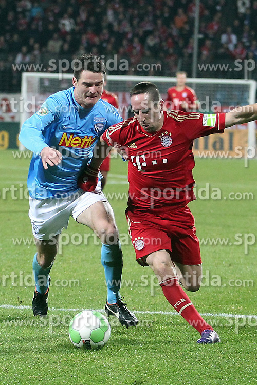 20.12.2011, Rewirpowerstadion, Bochum, GER, DFB Pokal, Achtelfinale, Vfl Bochum vs FC Bayern Muenchen, im Bild Marcel Maltritz (Bochum #4) gegen Franck Ribery (Muenchen #7) // during the Round of last sixteen from GER Vfl Bochum vs FC Bayern Muenchen, on 2011/12/20, Rewirpowerstadion, Bochum, Germany. EXPA Pictures © 2011, PhotoCredit: EXPA/ nph/ Mueller..***** ATTENTION - OUT OF GER, CRO *****