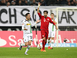 05.12.2015, Stadion im Borussia Park, Moenchengladbach, GER, 1. FBL, Borussia Moenchengladbach vs FC Bayern Muenchen, 15. Runde, im Bild Julian Korb (#27, Borussia Moenchengladbach) reklamiert Schiedsrichterentscheidung, Borussia Moenchengladbach - FC Bayern Muenchen, Fussball, 1. Bundesliga, 05.12.2015, Foto: Deutzmann/Eibner // during the German Bundesliga 15th round match between Borussia Moenchengladbach and FC Bayern Muenchen at the Stadion im Borussia Park in Moenchengladbach, Germany on 2015/12/05. EXPA Pictures © 2015, PhotoCredit: EXPA/ Eibner-Pressefoto/ Deutzmann<br /> <br /> *****ATTENTION - OUT of GER*****