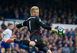 LIVERPOOL, ENGLAND - Sunday, April 9, 2017: Leicester City's goalkeeper Kasper Schmeichel in action against Everton during the FA Premier League match at Goodison Park. (Pic by David Rawcliffe/Propaganda)