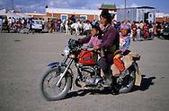 Mongolia. Kidís horse race; naadam of Oulan Bator   / Nadaam ( dalanzadgad , desert de Gobi); Mongolie