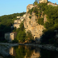 EN&gt; The town of Balazuc and the Ardeche river at the end of the day |<br />